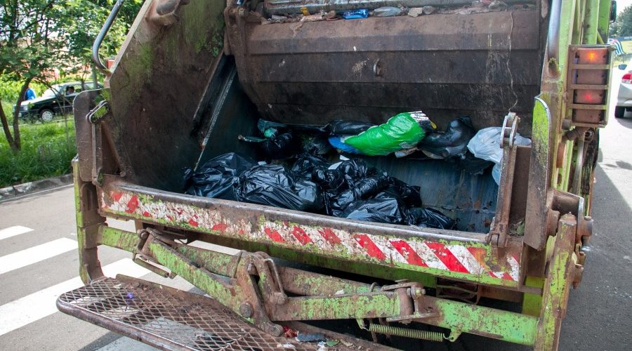 çöp kamyonu